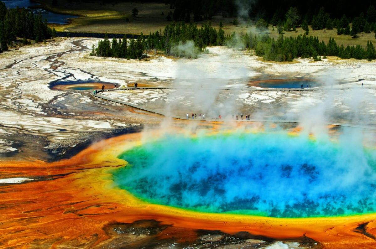 national park geyser