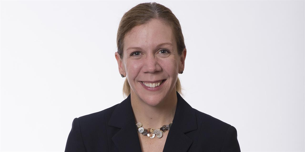 Negotiating Your Career: Yale SOM Alumnae Panel with Amy Wrzesniewski Event Logo